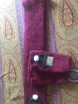 Women's Scarf And Gloves Wooden Ships NWT Burgundy